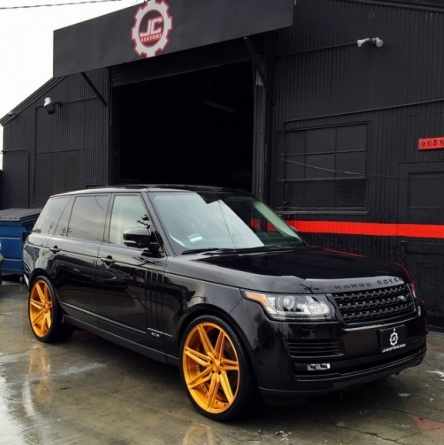 Chris Brown's New Custom Range Rover With Gold Rims