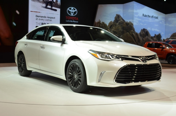 Fit For King Arthur: 2016 Toyota Avalon Gets a Well Deserved Makeover